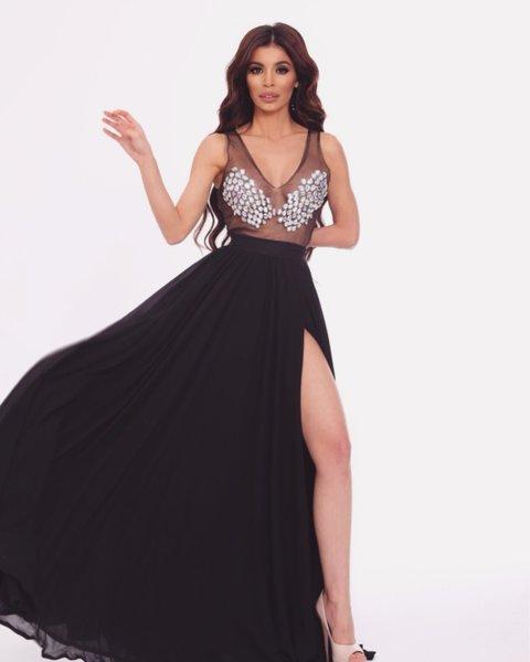 Мегз дълга рокля с камъни и цепка